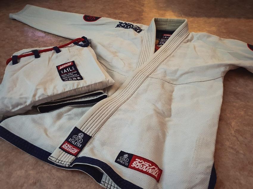 13954ba913662 Scramble Athlete V3 Gi Review - MMA Gear Addict